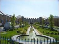 2 bed Apartment in Newland Gardens...