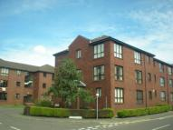 Flat to rent in Rutherford Court...