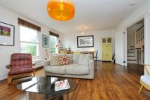 Flat in Evering Road, London