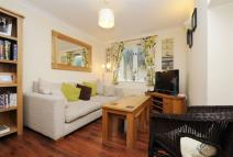 2 bed property for sale in Crusoe Mews...