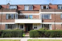 3 bed Apartment in Greenway Close...