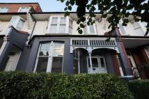 4 bedroom Duplex in Lingwood Road, Clapton...