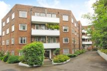 3 bed Flat for sale in Kingston Hill...