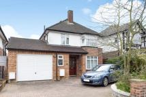 Detached home for sale in Robin Hood Lane...