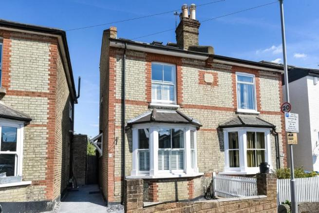 4 bedroom semi detached house for sale in thorpe road kingston upon thames kt2