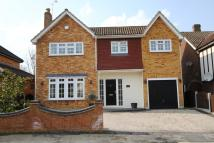 4 bedroom Detached property in Brookside, Billericay...
