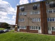 Maisonette to rent in Trinity Road, AMBLECOTE...