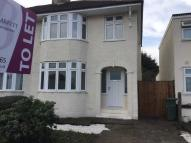 3 bed semi detached house in Bedonwell Road...