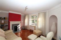 2 bedroom Flat to rent in Lyttelton Road, London