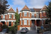 4 bed Flat for sale in Colney Hatch Lane...