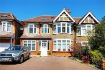 5 bedroom semi detached house in Bidwell Gardens...