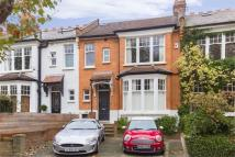 4 bed Terraced property for sale in Grand Avenue...
