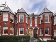 5 bedroom Terraced house in Grasmere Road...