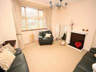 2 bedroom Flat in Barrington Court...