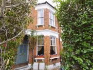 2 bed Flat in Crescent Road...