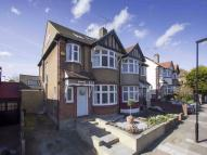5 bedroom semi detached property in Rhodes Avenue...