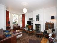 5 bed semi detached property to rent in Dukes Avenue...