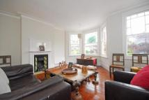 5 bedroom Terraced house to rent in Victoria Road...