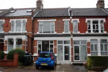 4 bedroom Terraced house for sale in Elvendon Road...
