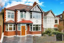 4 bedroom Detached property in Linden Road...