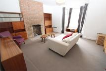 Flat to rent in Palace Gates Road, London