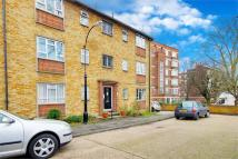 Flat for sale in Essex Lodge...