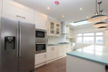 3 bedroom Detached property to rent in Wood Vale...