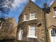3 bedroom End of Terrace property in York Terrace, HALIFAX...