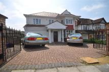 6 bed property in Elliot Road, London, NW4