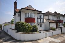 4 bedroom property in Beaufort Gardens, London...