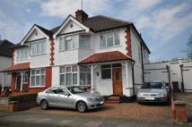 4 bedroom house in Sevington Road, London...