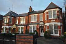 5 bed home in Windsor Road, London, N3