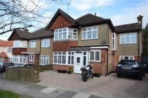 5 bed home for sale in Woodward Avenue, London...