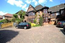 6 bedroom home for sale in Wykeham Road, London, NW4