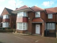 5 bed Town House to rent in Edgeworth crescent