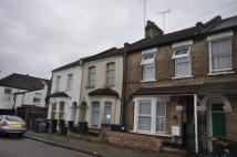 4 bed Terraced house to rent in Brent View Road