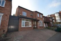 5 bed Detached property to rent in Waterbrook Lane