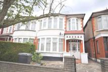 2 bed Flat in The Drive