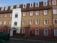 3 bedroom Flat in Germander Way, London...