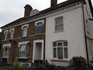 Studio flat in CLIFTON ROAD, SE25