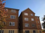 Flat in REGIS COURT, CR4