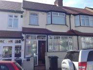 3 bedroom house to rent in Hatch road ...