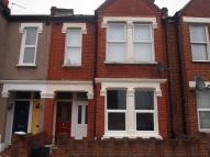 Flat to rent in INGLEMERE ROAD, MITCHAM