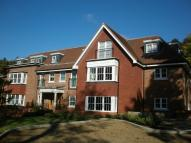 Apartment to rent in Reigate, Surrey