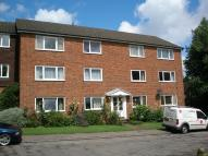 Flat to rent in Redhill