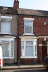 Terraced property to rent in Park Lane, Middlesbrough...