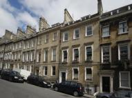 1 bed Flat in First Floor Apartment...