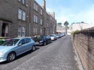 Flat to rent in Wellbank Place...