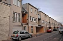 3 bedroom Town House for sale in 84 Trafalgar Lane...