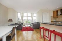 2 bedroom Apartment in Abbeville Road, Clapham